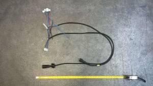 Проводка электрическая 230 В от разъема А4 к переключателю режимов, клеммной колодке М1 и от разъема А2 к аварийному термостату и термостату контроля тяги